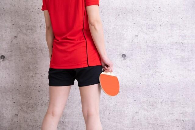 卓球で女性の腰痛